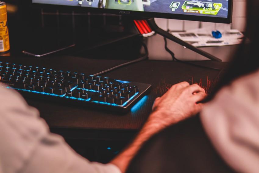 Kje se dobijo kakovostni gaming računalniki na obroke?