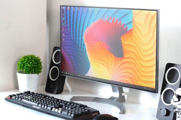 monitor za grafično oblikovanje