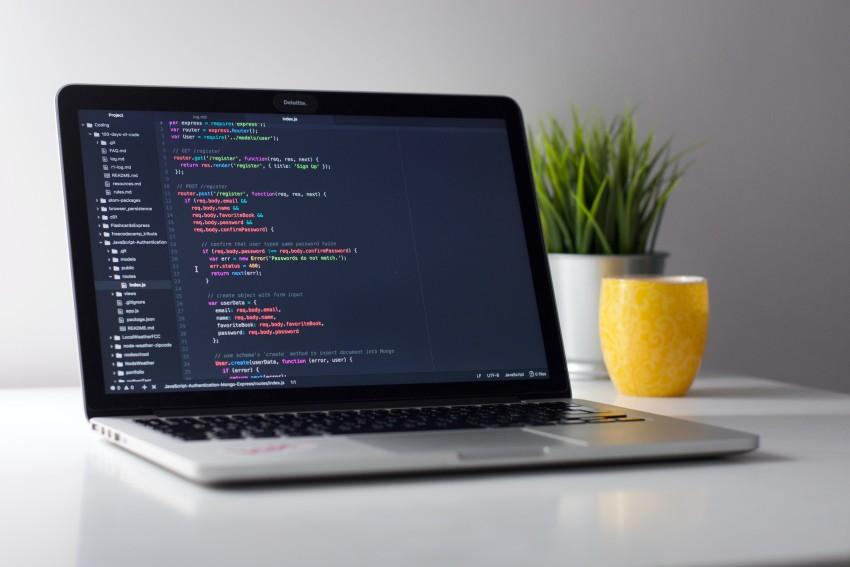 Kako se lahko popoln začetnik nauči programiranja?